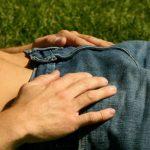 Mặc quần sịp có làm cong cậu nhỏ ?
